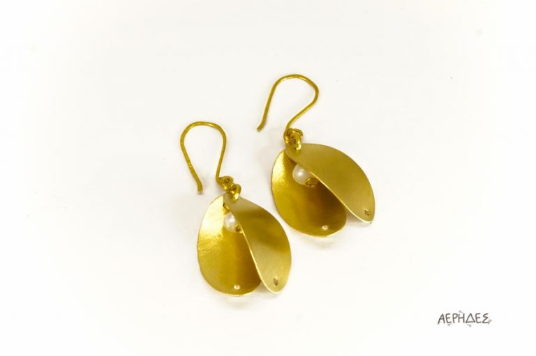 handmade brass earrings with a pearl
